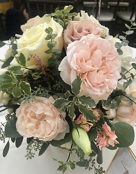 Wedding flowers, centerpiece, garden roses, Lake Arrowhead Resort California,  mountain bride, centerpiece