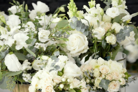 Wedding flowers,roses,eucalyptus,greenery, so cal wedding, centerpiece,Hand Picked Peta