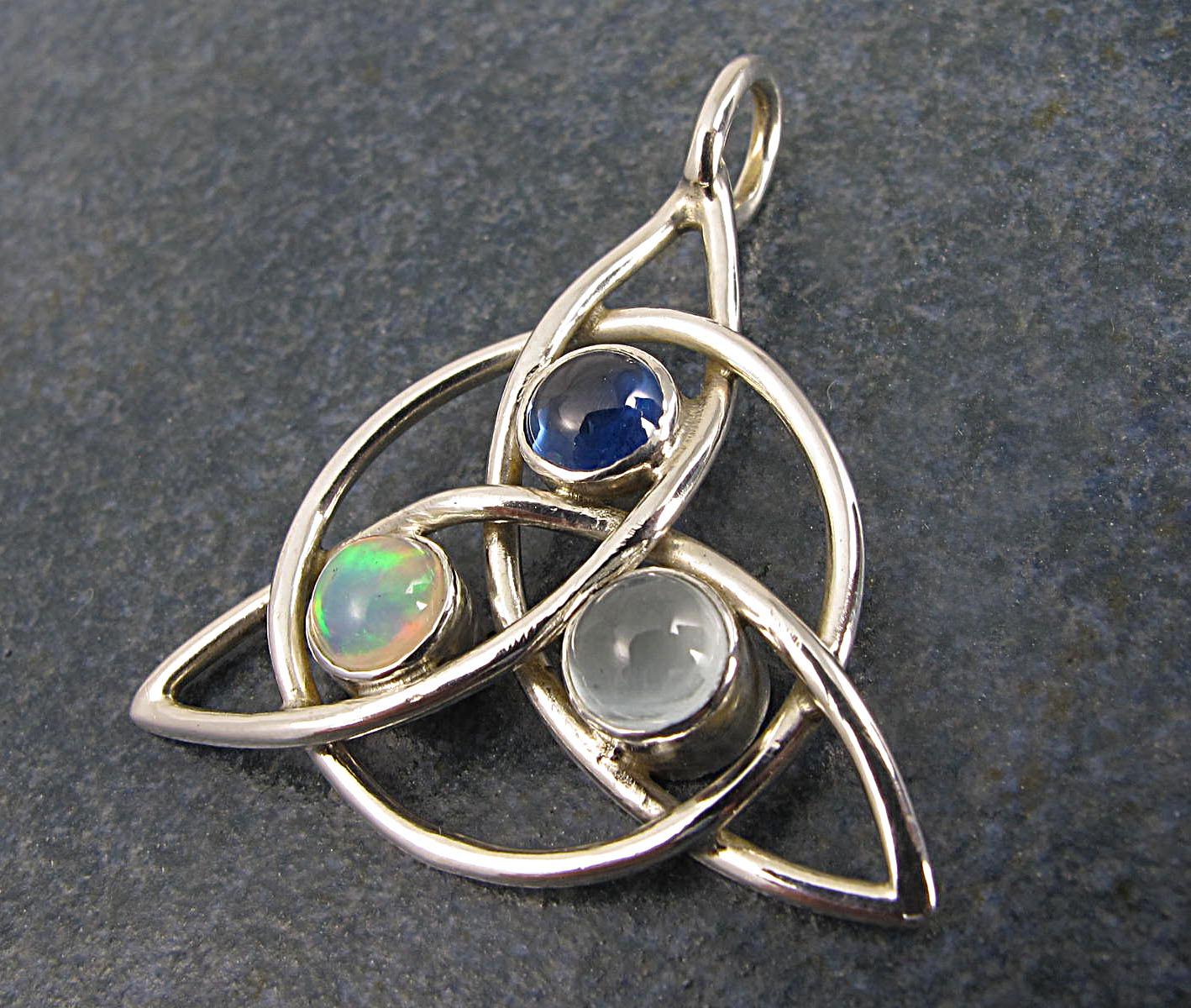 Mother's Celtic Pendant