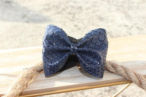 """Le joli Bracelet nœud Bleu """"Effet croco"""""""