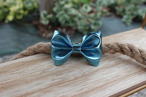 Le pin's noeud Bleu brillant