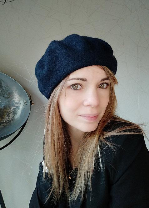 Bonnet / Beret Bleu foncé en Laine
