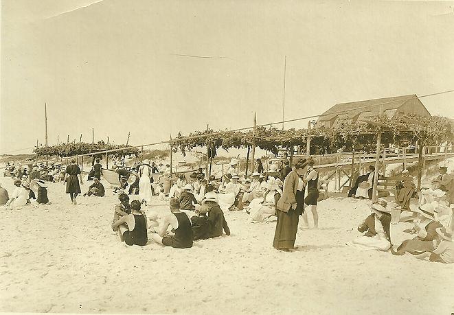The Bathing House at Tiana Beach.jpg