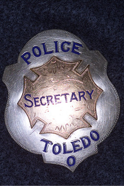 Historical Badge9