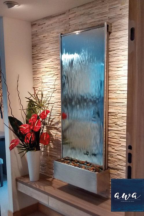 Fuente de agua decorativa en espejo