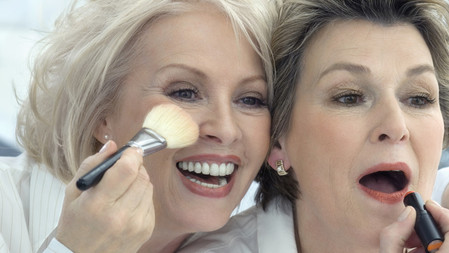 Makeup Tips For A Youthful Appearance