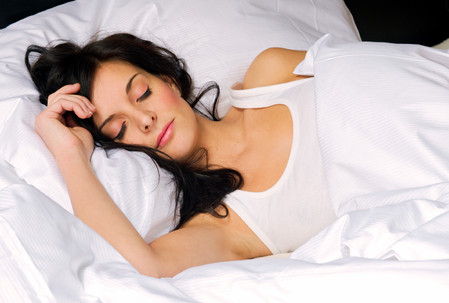 10 ways to beautify in your sleep