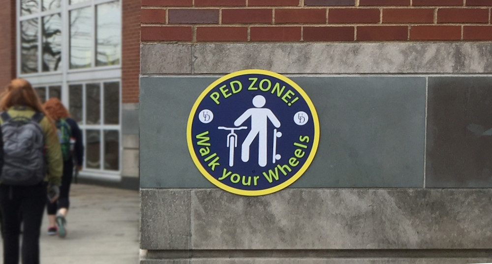 Pedestrian zone sign at UD