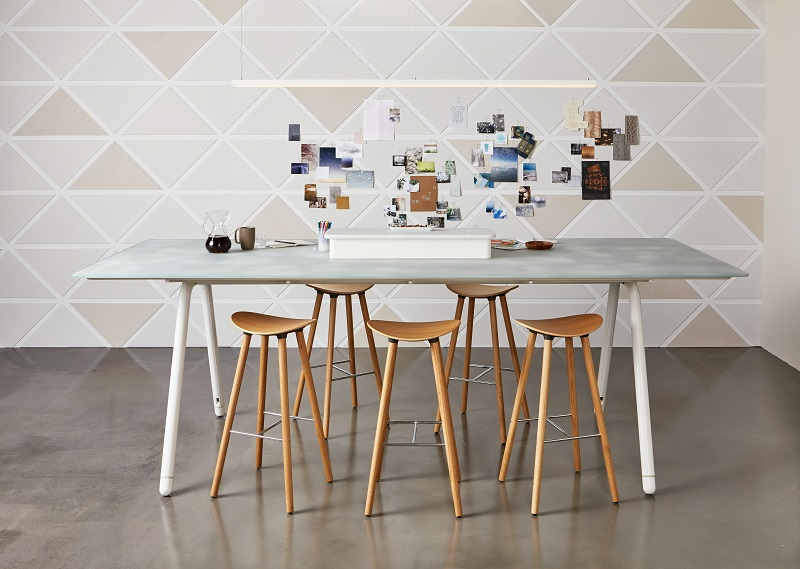 Coalesse_meeting_table_office