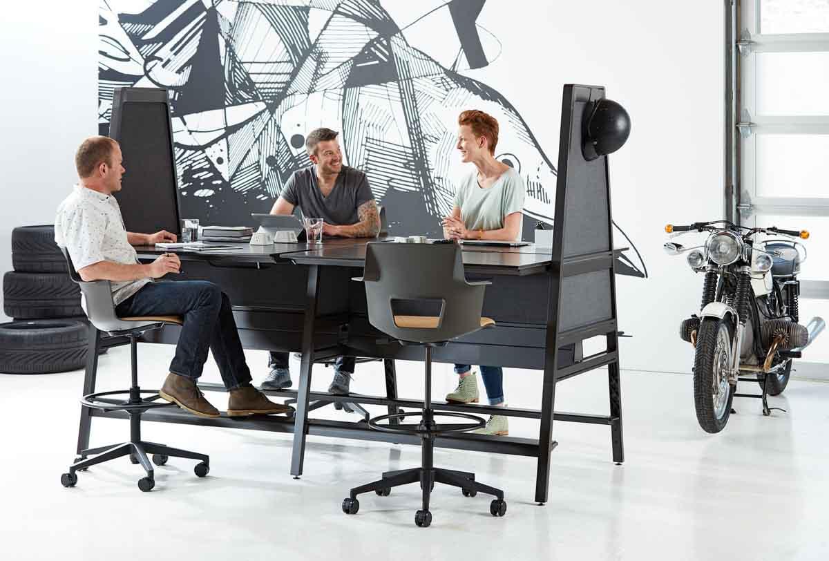 turnstone_workstation_meeting