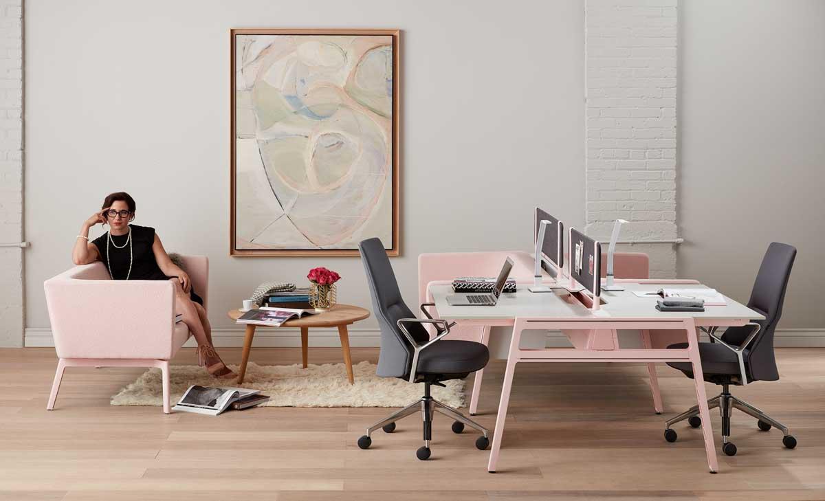 Executive_Desk_Office_feminine