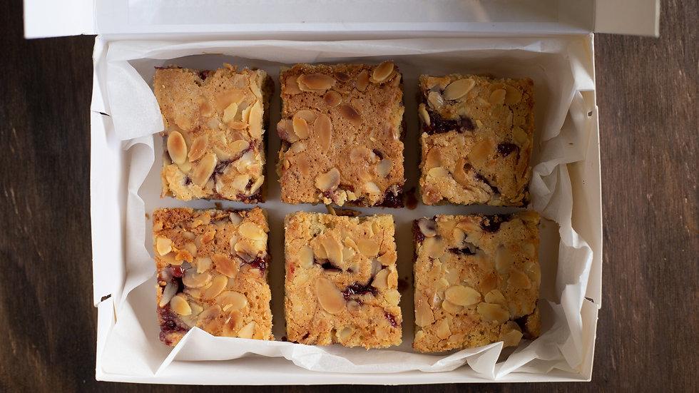 BOX OF 6 BAKEWELL BLONDIE