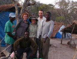 N. Samwely, Klara Petrlzelkova, F. Stewart, A. Piel, B. Juma, S. Lukas (2009)