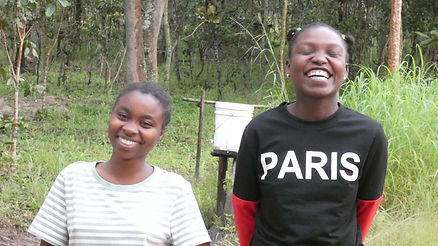 Joyce&Sophia_cheka_March2021.JPG