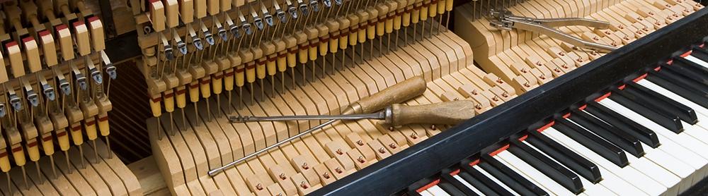 Regulating a vertical piano