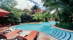 Kampala Serena Hotel Poolside