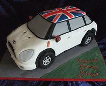 Nicky Mini Cooper cake (5).JPG