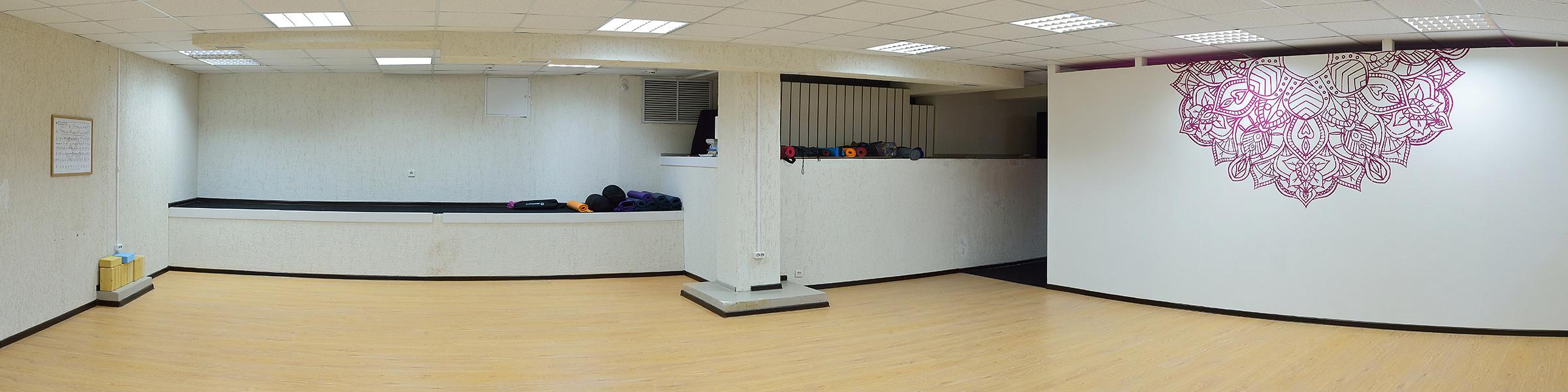студия йоги й новосибирск интерьер