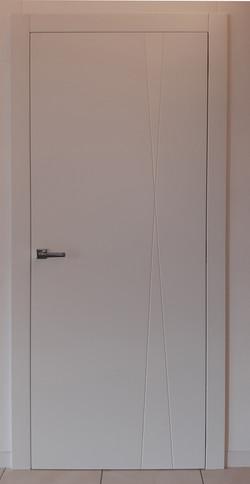 Porta incisa laccata bianca