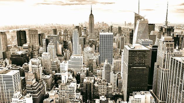 black-and-white-city-skyline-buildings_e