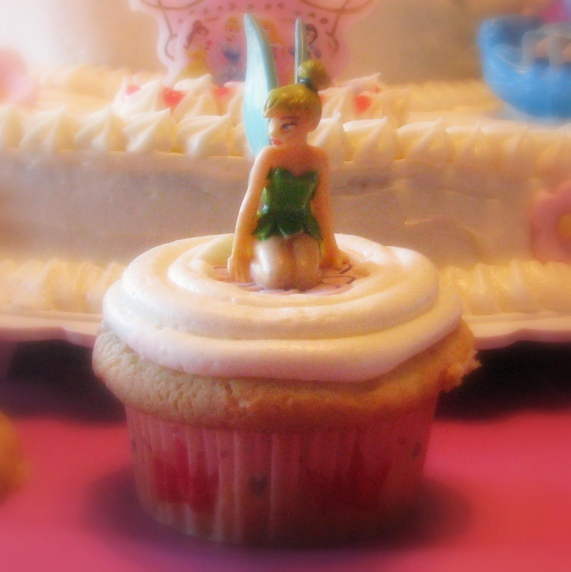 Tinker Belle cupcake