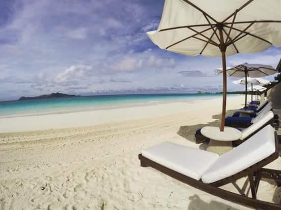 Amanpulo beachfront