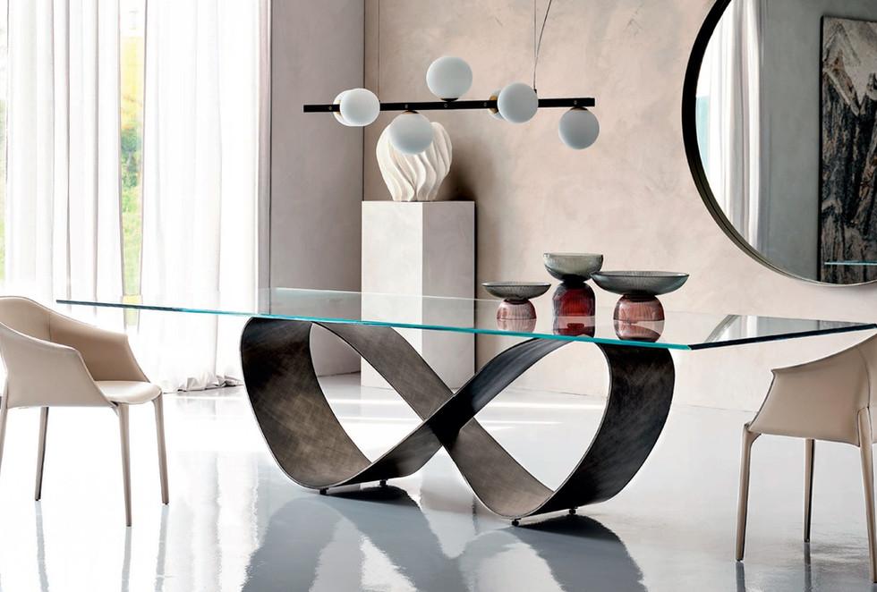 mesa de diseño   muebles modernos sevilla   Estudio de interiorismo Sevilla