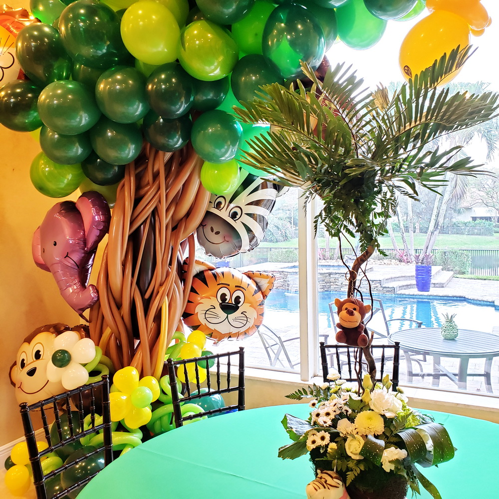 Safari Theme Balloon Tree Design