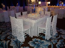 White event decor