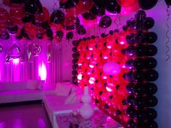 Back & Hot Pink Balloon Wall