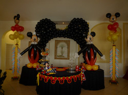 Mickey theme party decoration