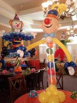 Carnival! Clowns! Circus!
