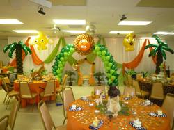 Safari Themed Balloon Decoration
