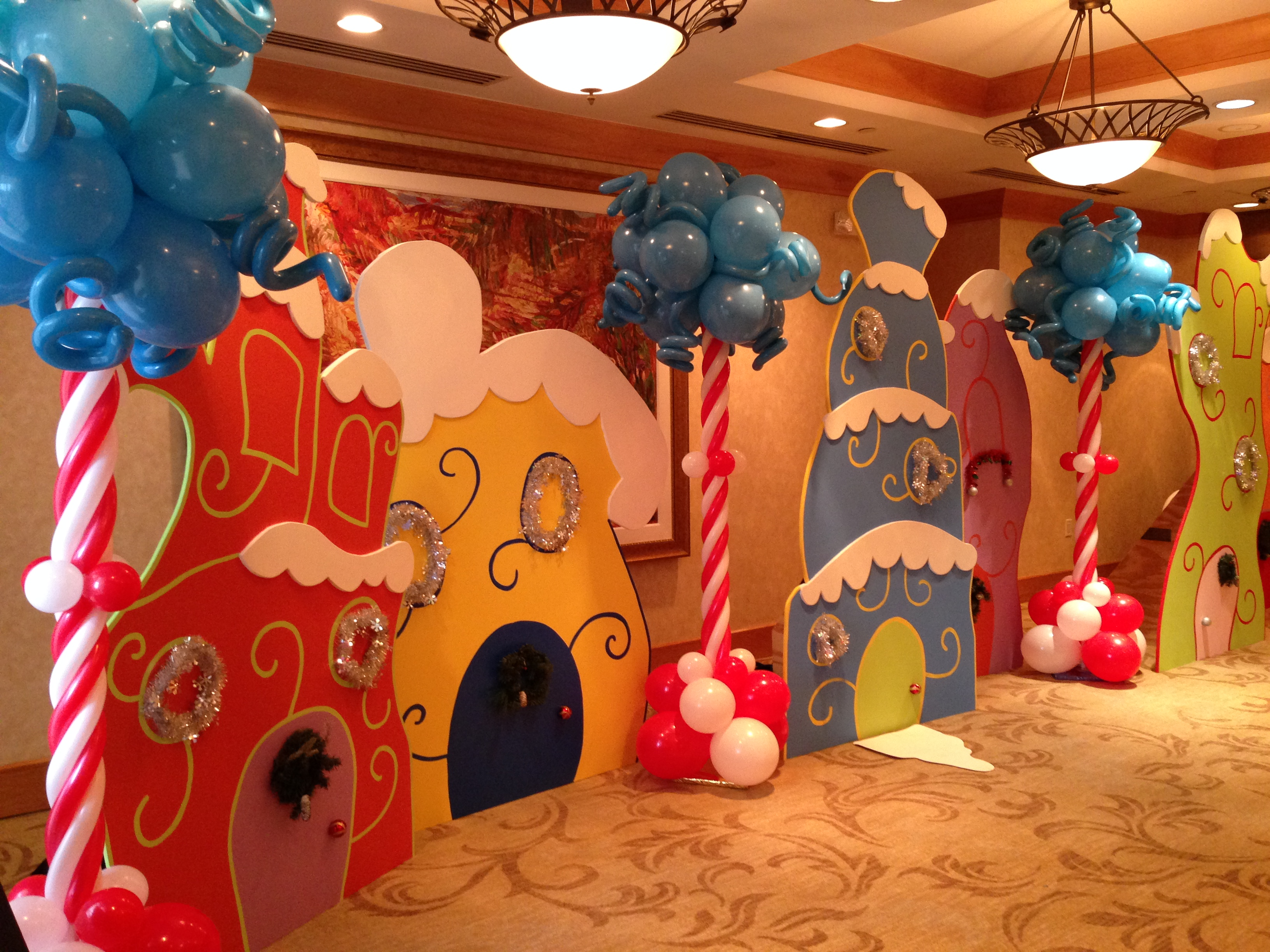 Dr. Seuss Themed Balloon decoration