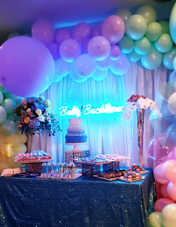 Cake table backdrop and decoration