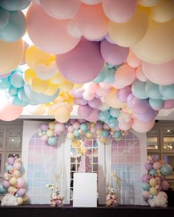 Ceiling Organic Balloon Garland