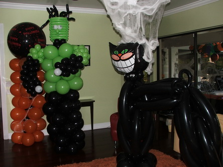Halloween party balloon sculptures