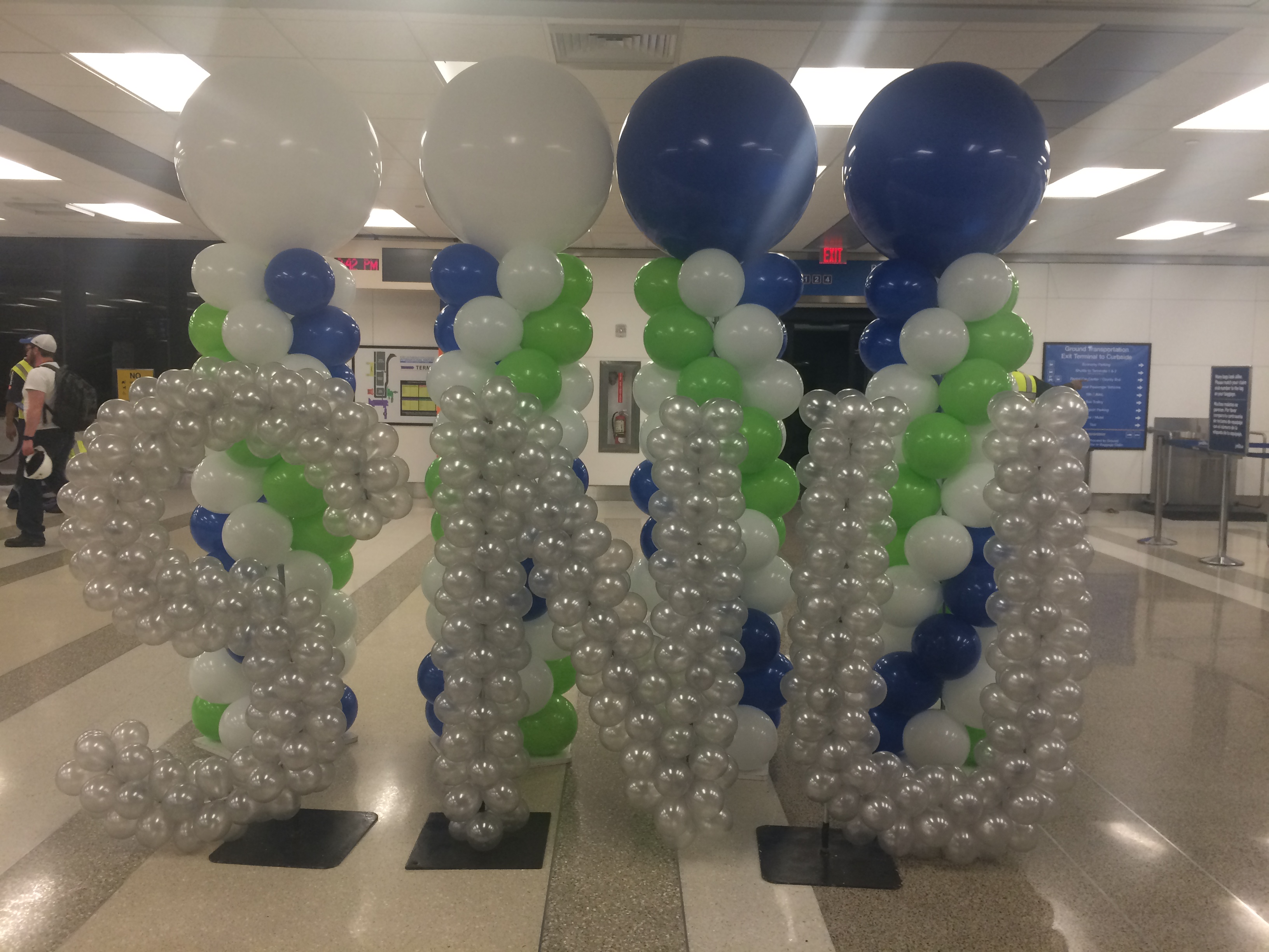 Big balloon columns with logo