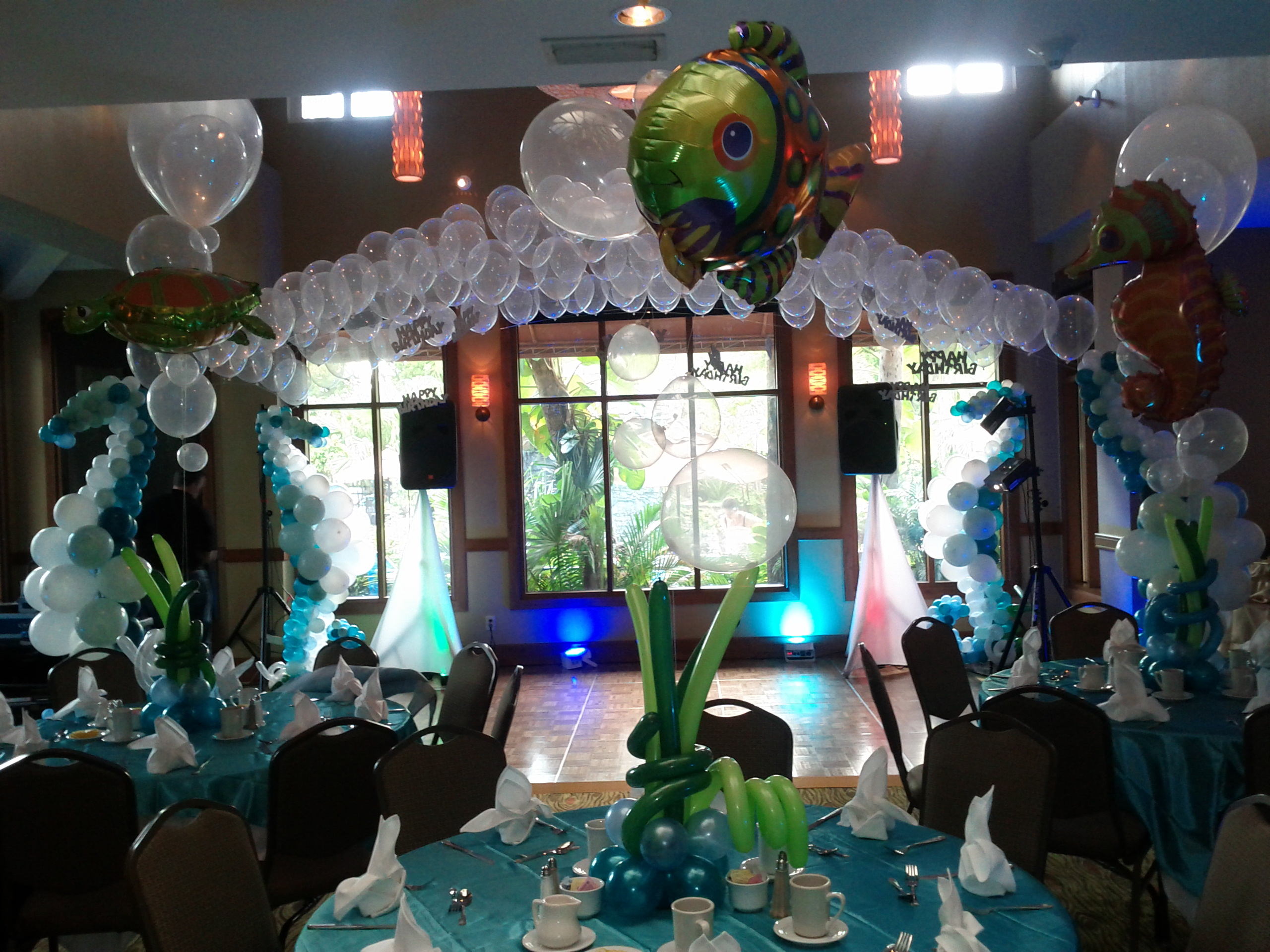 Underwater theme balloon canopy