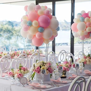 flowers & balloons centerpiece for party