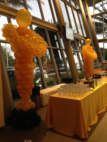 Oascar Balloon Sculpture