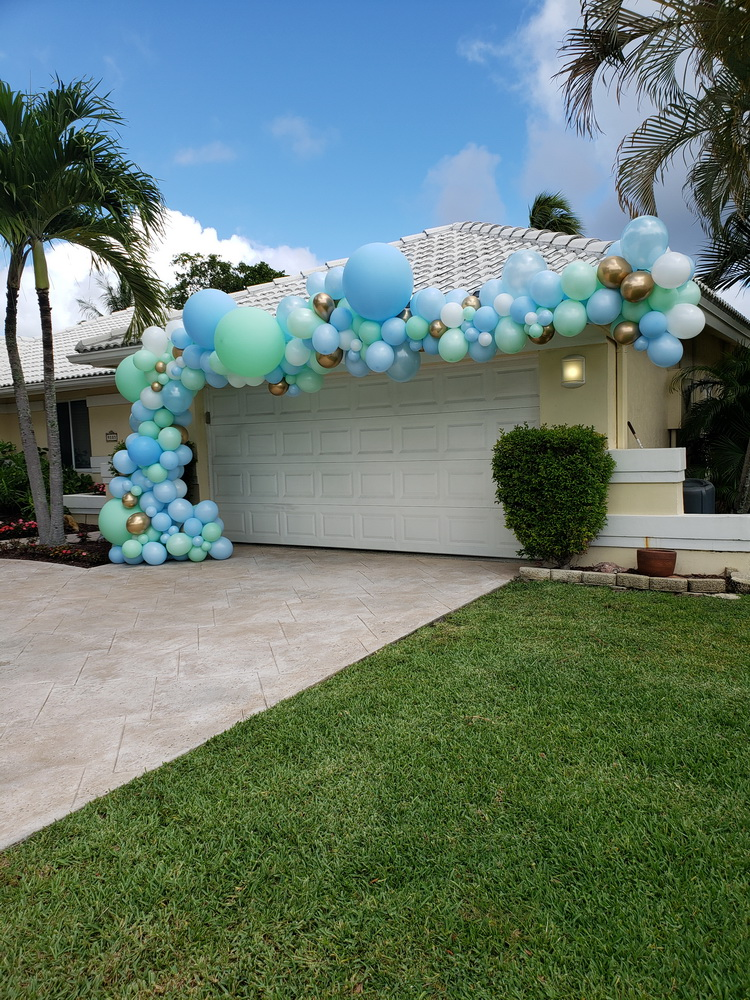 Organic Balloon Garland for outdoor part