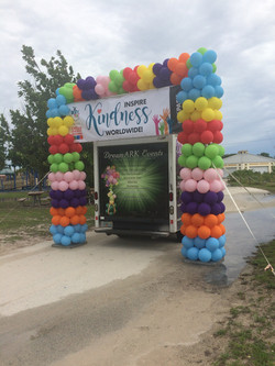 Outdoor Balloon Arch with Banner