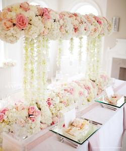 Flower Design For Long Table Decor