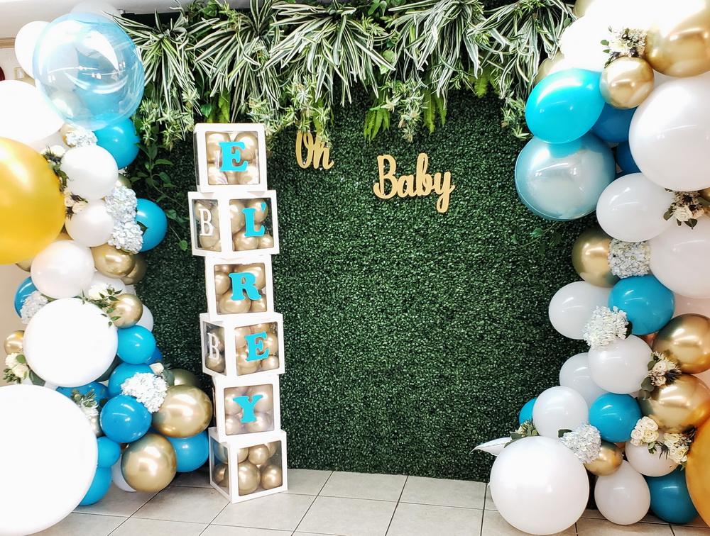 Greenery Backdrop & Organic Balloons