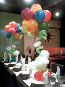 Balloons &Flowers Centerpiece