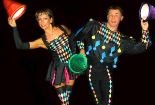 Juggling performers