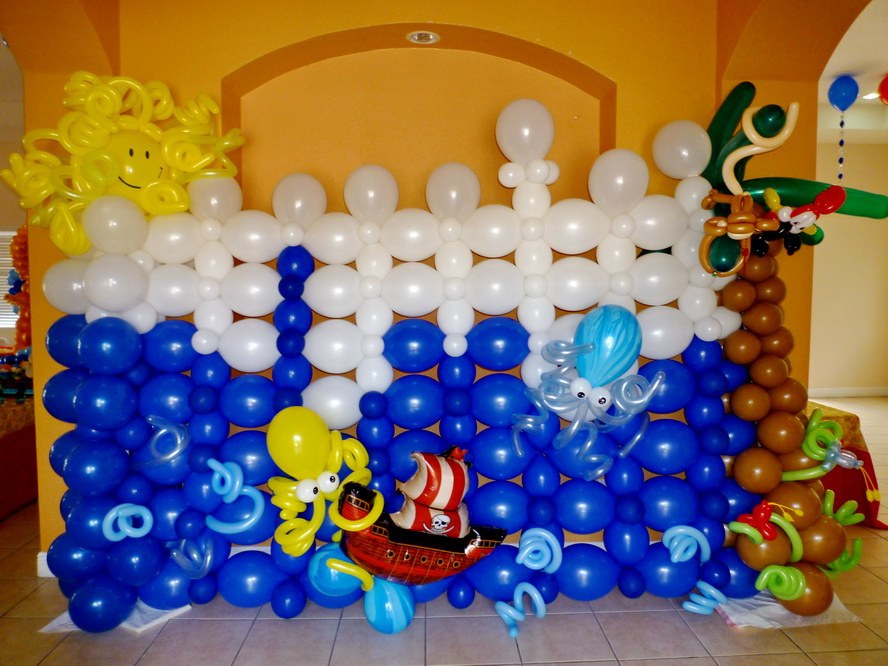 Sea theme balloon wall