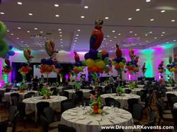 Tropical themed balloon cenerpiece