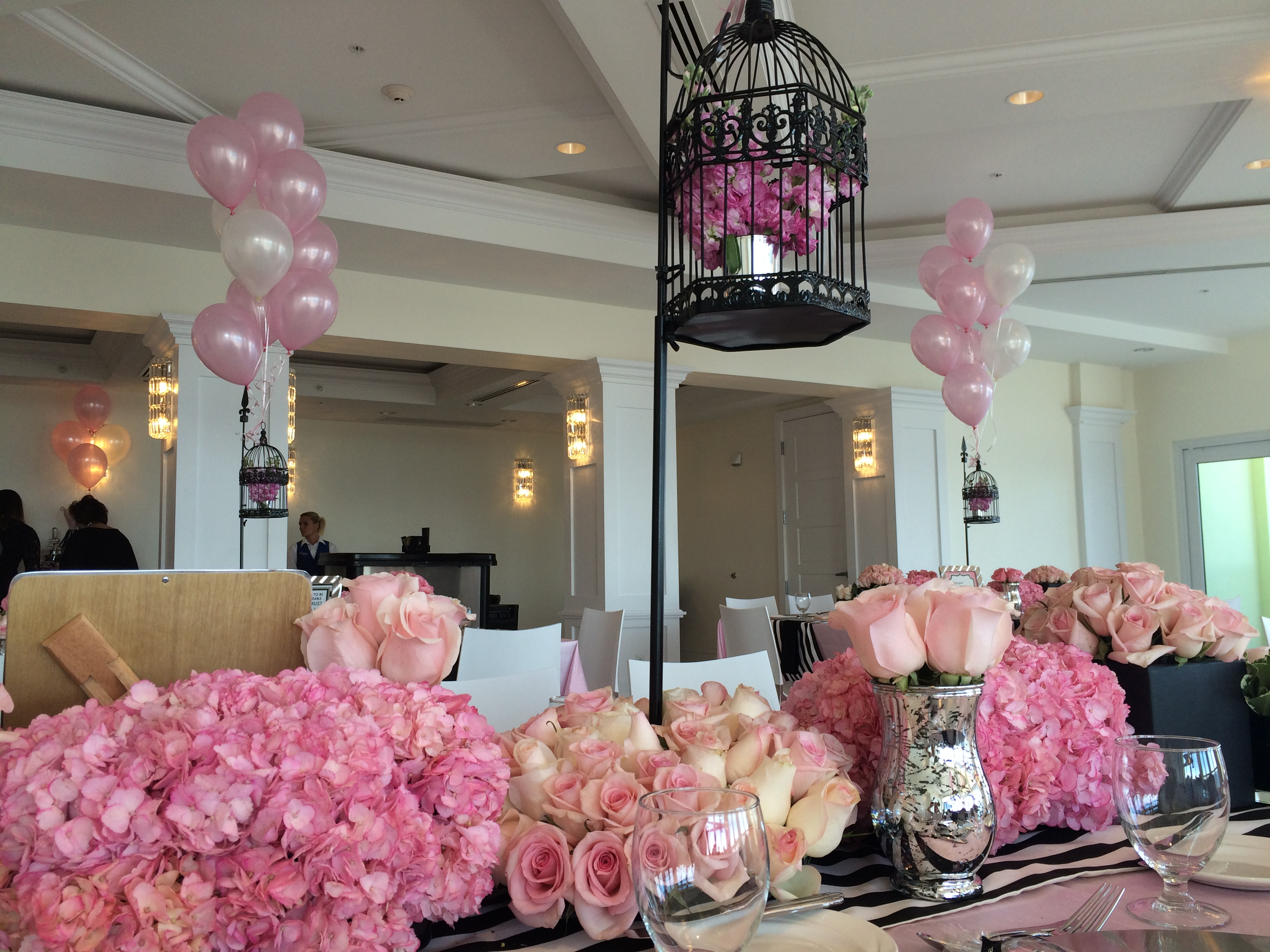 Bridal Shower flowers and balloons